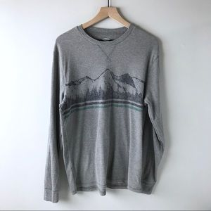 Men's XL long sleeve graphic t-shirt Old Navy
